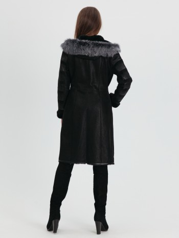 М-711, Дубленка женская из меха овчины с капюшоном